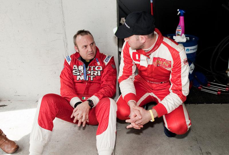 Alberto Sabbatini e Luca Lorenzini si preparano alla gara della Ginetta G50 Cup