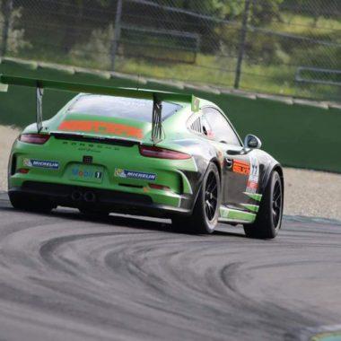 Secondo posto in Silver Cup per Giagua nel Porsche Carrera